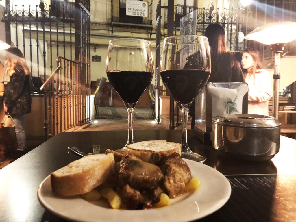 los manueles tapas bar granada wine, best tapas bars in Granada