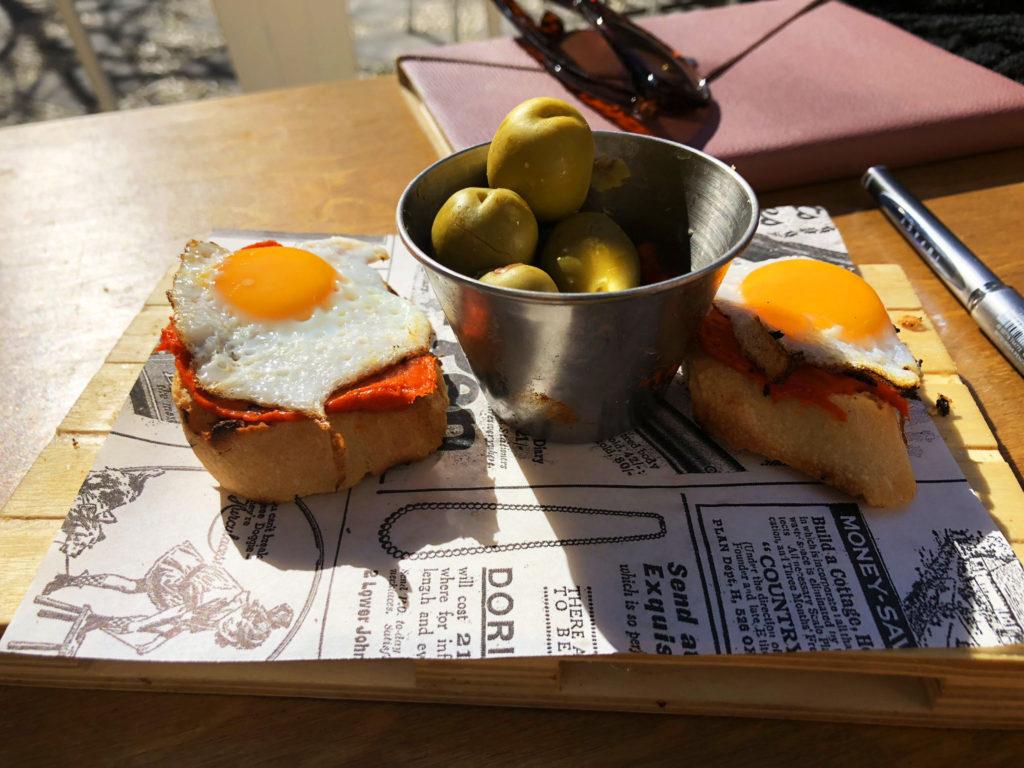 Tapas, Granada, Sobrasada, Quail's Egg, Palique Plazabest tapas bars in granada