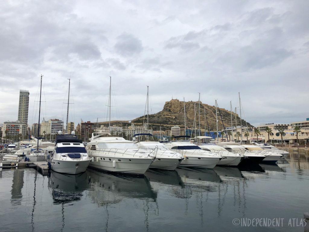 24 hours in alicante, a day in alicante, yacht, marina